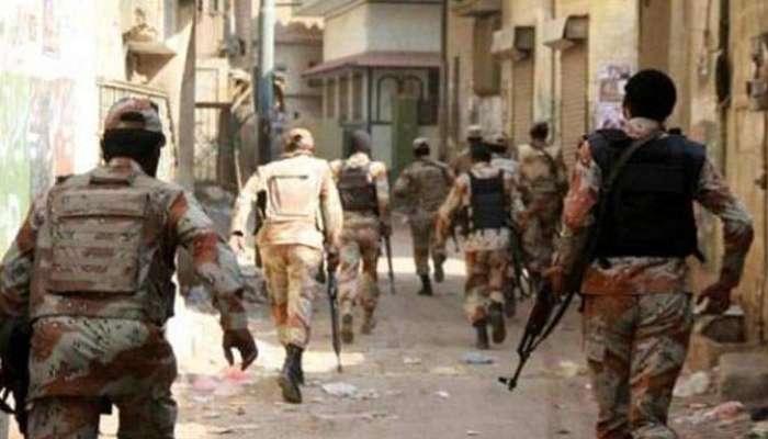 کراچی: رینجرز و پولیس کی مشترکہ کارروائی، انتہائی مطلوب 3 ملزمان گرفتار