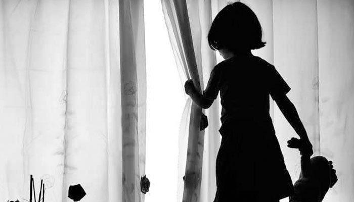 خانیوال، بچی کے اغوا کی ایف آئی آر درج کرنے میں تاخیر،  ڈی ایس پی معطل