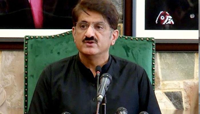 کندھ کوٹ: ڈاکوؤں کی فائرنگ سے نوجوان ہلاک، وزیراعلیٰ سندھ کی گاڑی کے سامنے احتجاج