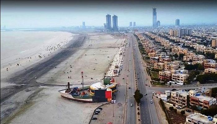کراچی میں تیز ہوائیں چلنے اور ہلکی بوندا باندی کا امکان
