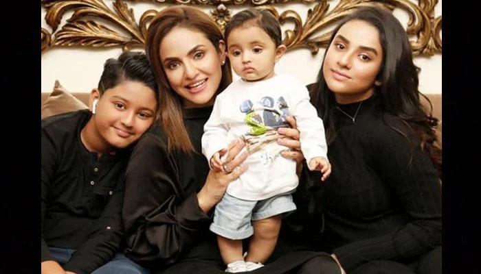 نادیہ خان بیٹی کا ذکر کرتے ہوئے جذباتی ہوگئیں