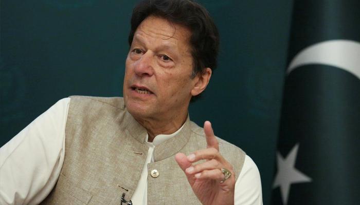 پاکستانی قوم بالخصوص نوجوان بڑی شجرکاری مہم میں حصہ لیں، وزیرِ اعظم