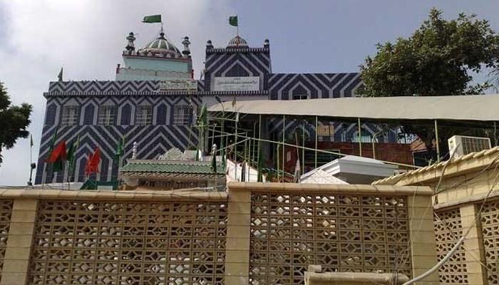 سندھ میں آج سے تمام مزارات کھولنے کا فیصلہ