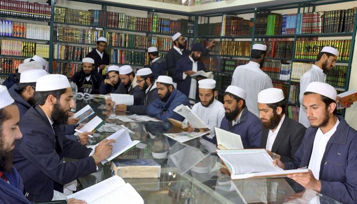 کراچی، جامعہ الرشید میں ویکسینیشن کا آغاز