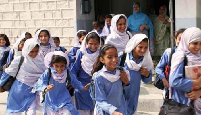پنجاب:  اسکولوں میں موسم گرما کی تعطیلات کا اعلان