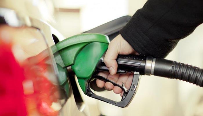 پٹرول کی قیمت میں 6 روپے فی لٹر اضافے کی تجویز