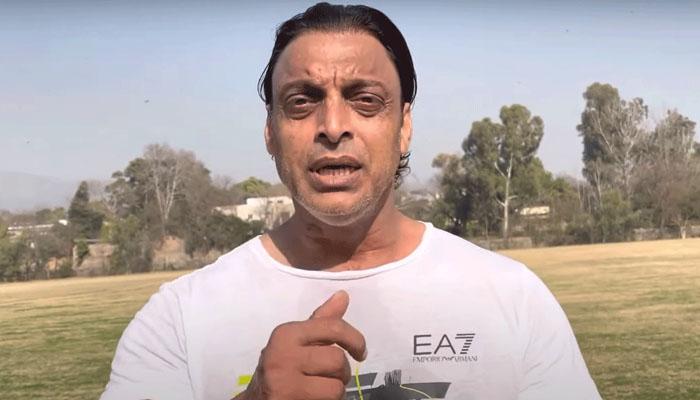 یورو فائنل، شعیب اختر بھی سیاہ فام کھلاڑیوں سے بدسلوکی پر بول پڑے