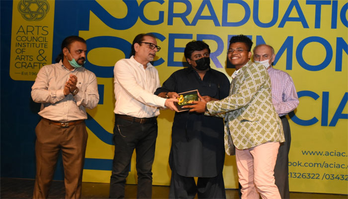 امید ہے کہ آرٹس کونسل بہت جلد جامعہ میں تبدیل ہوگا، سردار علی شاہ