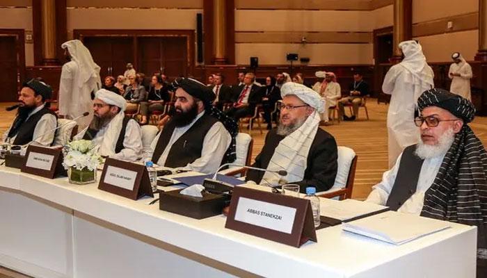 Qatar: Afghan delegation and Taliban begin talks