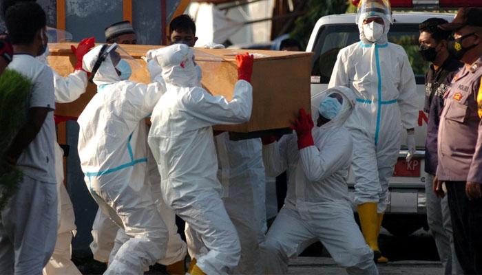 انڈونیشیا: کورونا وائرس سے 17 روز میں 114 ڈاکٹرز ہلاک