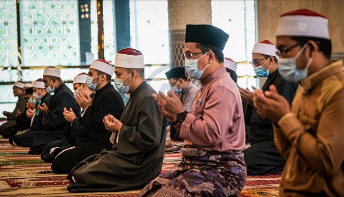 انڈونیشیا میں عوام کو عید گھر پر رہ کے منانے کی ہدایت