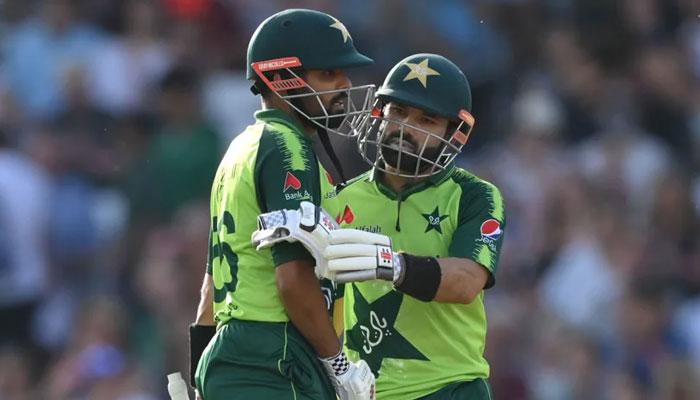 تیسرا ٹی ٹوئنٹی: پاکستان کا ٹاس جیت کر بیٹنگ کا فیصلہ