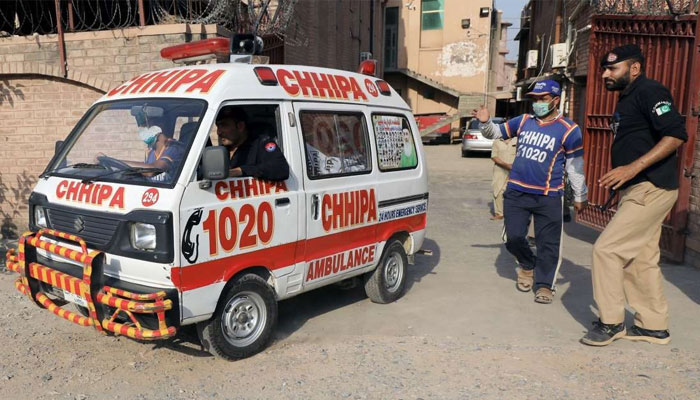 ناگن چورنگی پر پولیس مقابلہ، ایک ڈاکو ہلاک 2 فرار