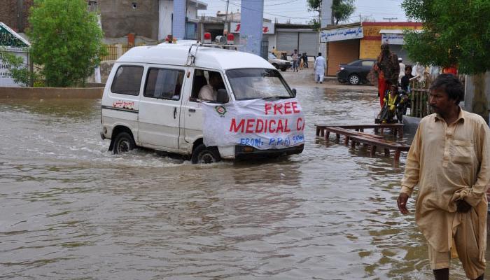 سکھرطوفانی بارش، حادثات میں خاتون جاں بحق، 10 افراد زخمی