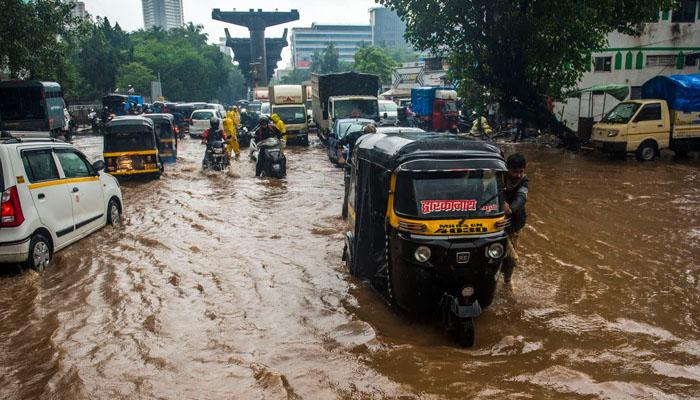 بھارت میں لینڈسلائیڈنگ سے ہلاکتوں کی تعداد 138 ہو گئی
