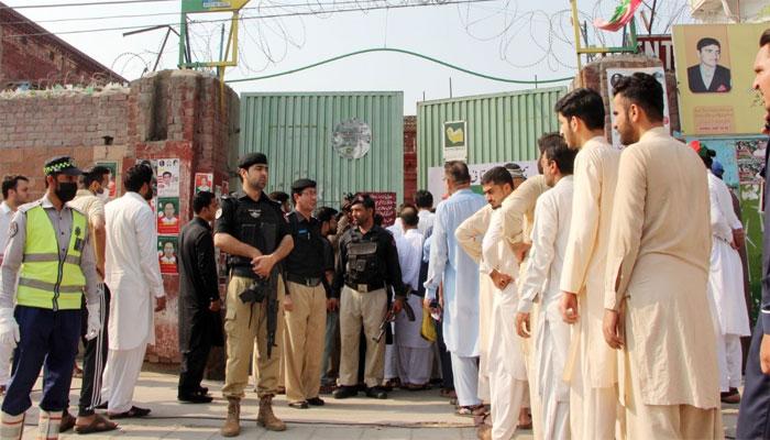 آزاد کشمیر انتخابات، ووٹنگ جاری