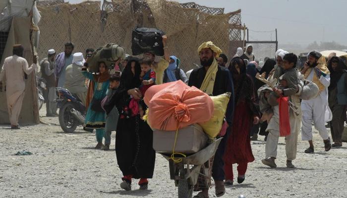 ایک ماہ میں افغان شہر قندھار سے ڈیڑھ لاکھ افراد کی منتقلی