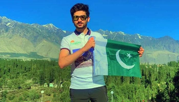 پاکستانی کوہِ پیما نے کے ٹو سر کر کے ورلڈ ریکارڈ قائم کردیا