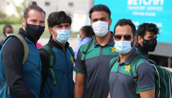 پاکستان کرکٹ اسکواڈ بارباڈوس سے گیانا پہنچ گیا