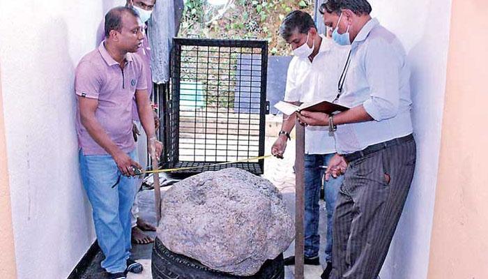 سری لنکا، دنیا کا سب سے بڑا قیمتی پتھرکھدائی کے دوران دریافت