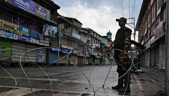 جولائی میں بھارتی فوج کی پرتشدد کارروائیاں، دو خواتین سمیت 37 کشمیری شہید