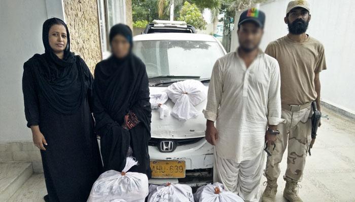 کراچی، حب ریور روڈ پر کار سے منشیات برآمد، خاتون سمیت دو ملزمان گرفتار