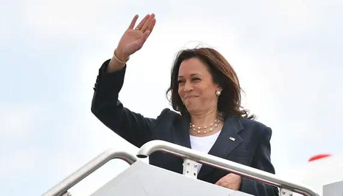 امریکا کی نائب صدر کملا ہیریس کی مقبولیت میں کمی