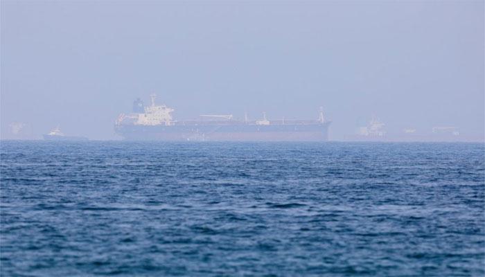 فجیرہ کے ساحل کے قریب تیل بردار بحری جہاز کو حادثہ