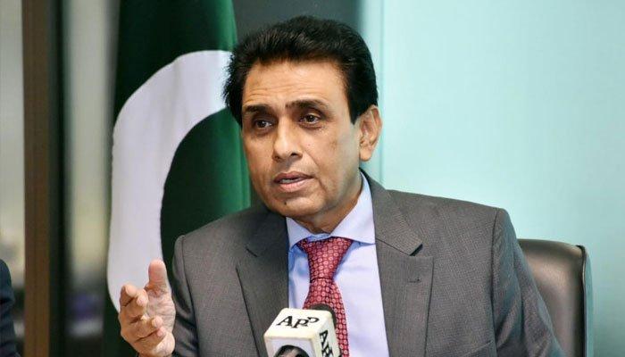 سندھ حکومت ایس او پیز پر عمل نہیں کروا سکی، خالد مقبول