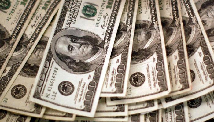 انٹربینک تبادلہ مارکیٹ میں ڈالر کی قدر میں کمی