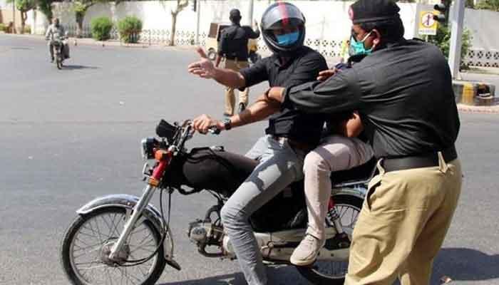 کراچی میں 8 سے 10 محرم تک ڈبل سواری پر پابندی ہوگی
