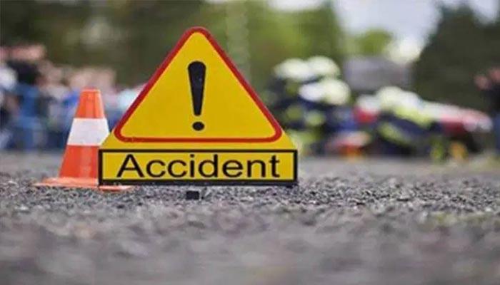 مانسہرہ: کار الٹ گئی، 3 خواتین سمیت 5 افراد جاں بحق