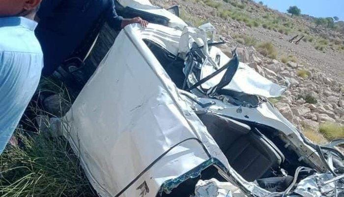 گورکھ ہل: سیاحوں کی گاڑی کو حادثہ، ہلاکتیں 5 ہوگئیں