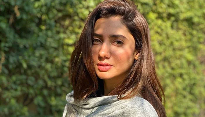 یوم دفاع پاکستان پر ماہرہ خان کی جانب سے افواج پاکستان کو سلیوٹ