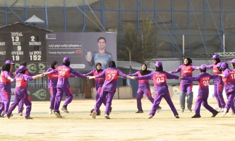 کابل: طالبان نے خواتین اسپورٹس کے بارے میں ابھی کوئی فیصلہ نہیں کیا، عزیز اللہ فضلی