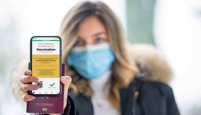 انگلینڈ: نائٹ کلب اور ایونٹس پر جانے کیلئے کوویڈ پاسپورٹ اسکیم ختم