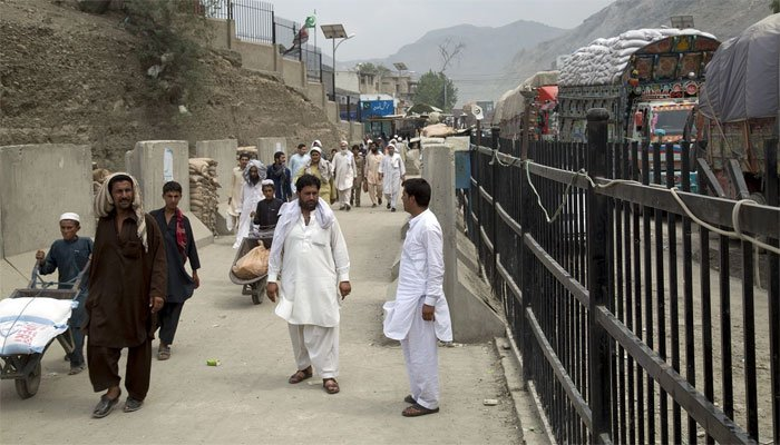 طورخم: افغان حکومت نے کل پابندی لگائی، آج ہٹا دی