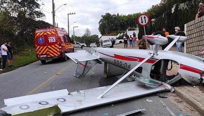 برازیل میں چھوٹا طیارہ گر کر تباہ ہوگیا، 7 افراد ہلاک