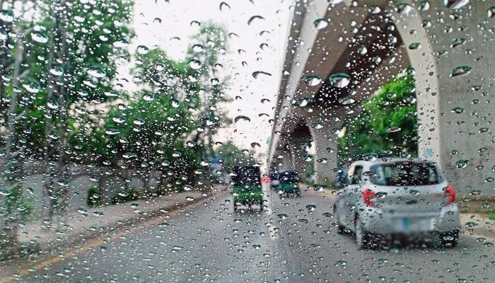 Light rain forecast in Karachi this evening
