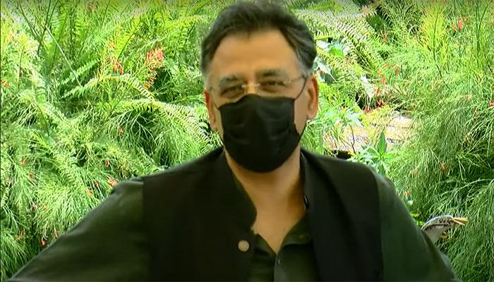 سی پیک پر محتاط ہو کر بات کریں: اسد عمر