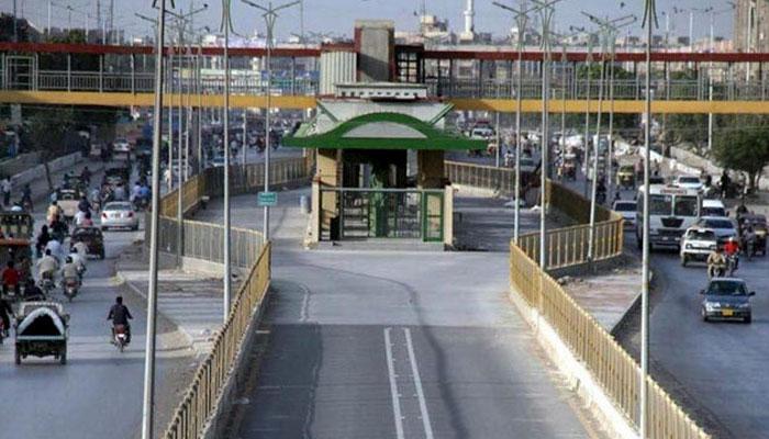 گرین لائن بس منصوبہ، 40 بسیں آج رات کراچی پہنچیں گی
