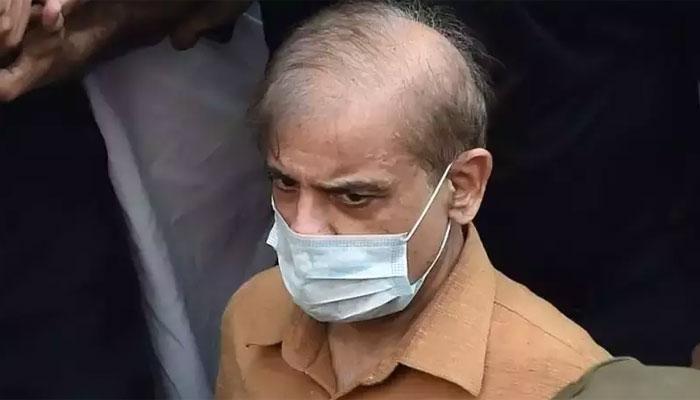 شہباز شریف لاہور سے کراچی روانہ