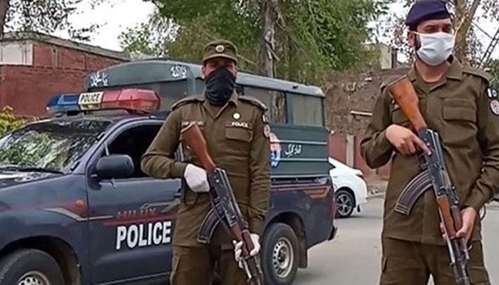 لاہور: پولیس کی کارروائی، اشتہاری ملزم گرفتار، اسلحہ برآمد