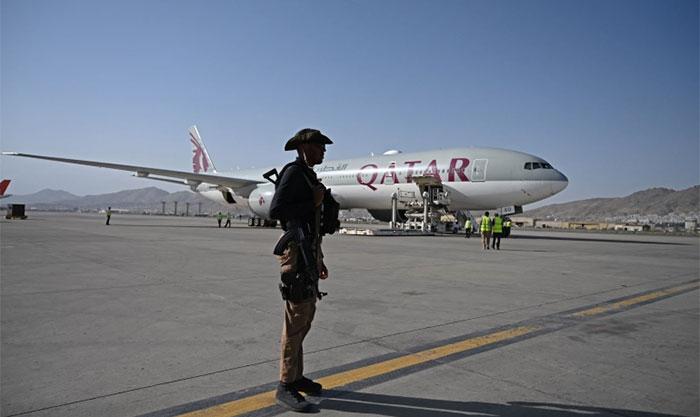 قطر ایئرلائن کی پرواز 230 سے زائد مسافروں کو لے کر کابل سے قطر روانہ