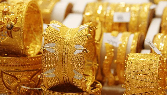 ملک میں سونے کی فی تولہ قیمت میں 400 روپے کا اضافہ