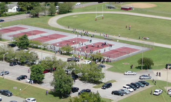 امریکی ریاست ورجینیا کے اسکول میں فائرنگ، 2 افراد زخمی