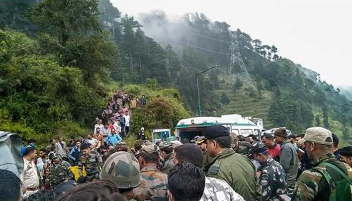 مقبوضہ کشمیر: بھارتی فوجی ہیلی کاپٹر حادثے کے دونوں زخمی دم توڑ گئے