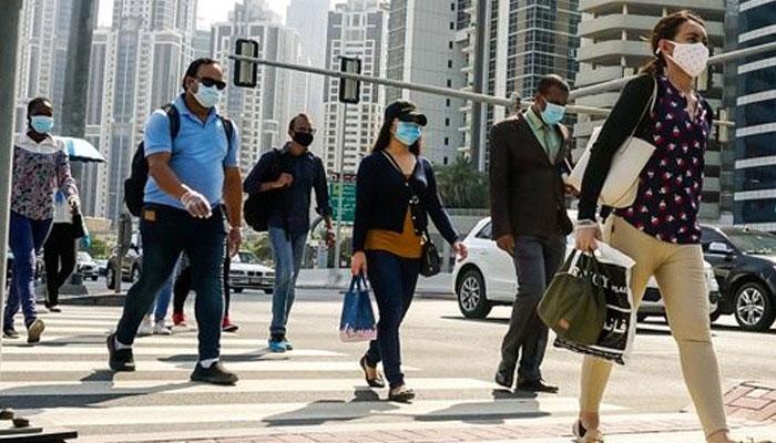 متحدہ عرب امارات میں ماسک کی پابندی میں نرمی