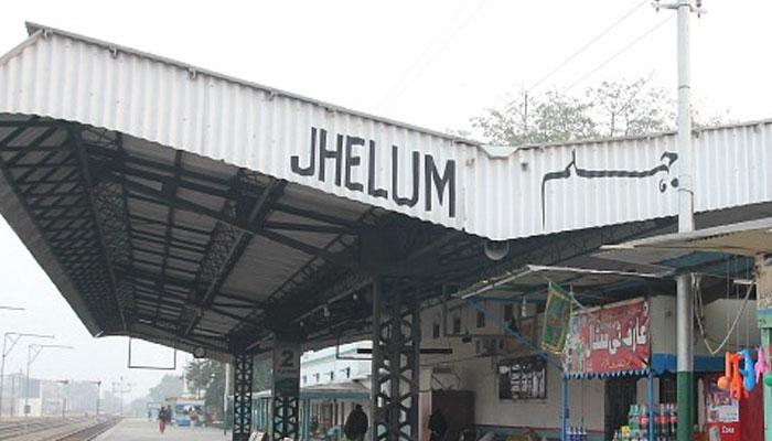 جہلم: اشتہاری ملزمہ کی گرفتار ی کیلئے پولیس کی کارروائی، کانسٹیبل شہید