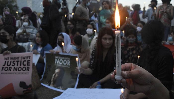 نور مقدم کے قتل کیخلاف اسلام آباد میں احتجاج
